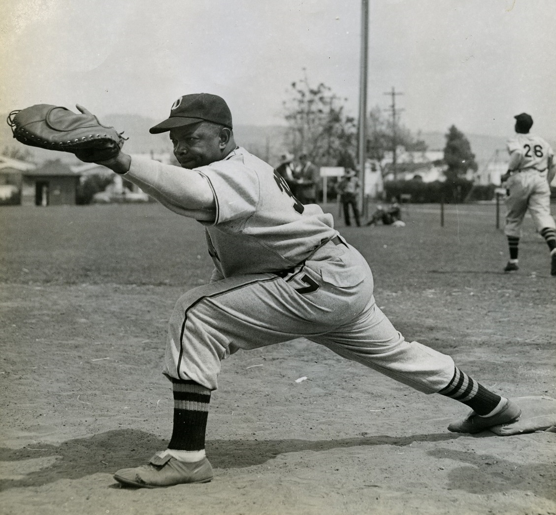 Oakland Larks pitcher Ira Wells, circa 1946